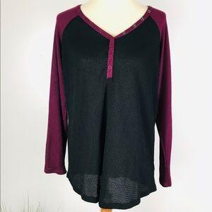 Torrid 2 Maroon Black Raglan Studded Shirt Top